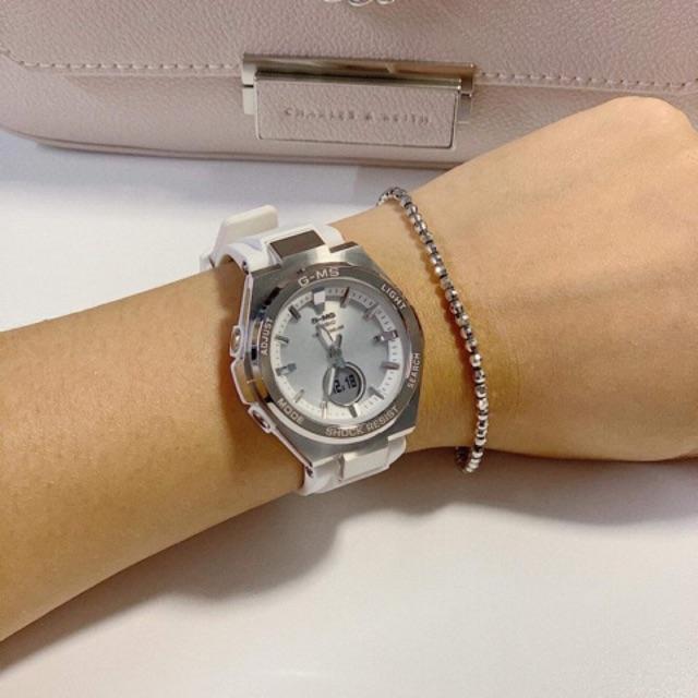 Đồng hồ nữ Casio Baby-G MSG-S200-7A - Kích thước vỏ : 47,5×38,4×12,3mm