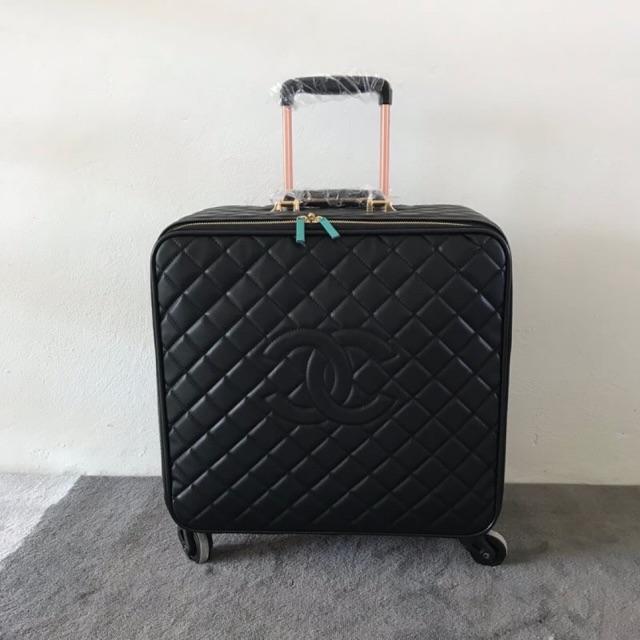 กระเป๋าเดินทางCHANEL เกรดHIEND 1:1 สลับ Full setแท้ งานหนังแท้❗️ถ่ายจากงานจริง👍🏼💕