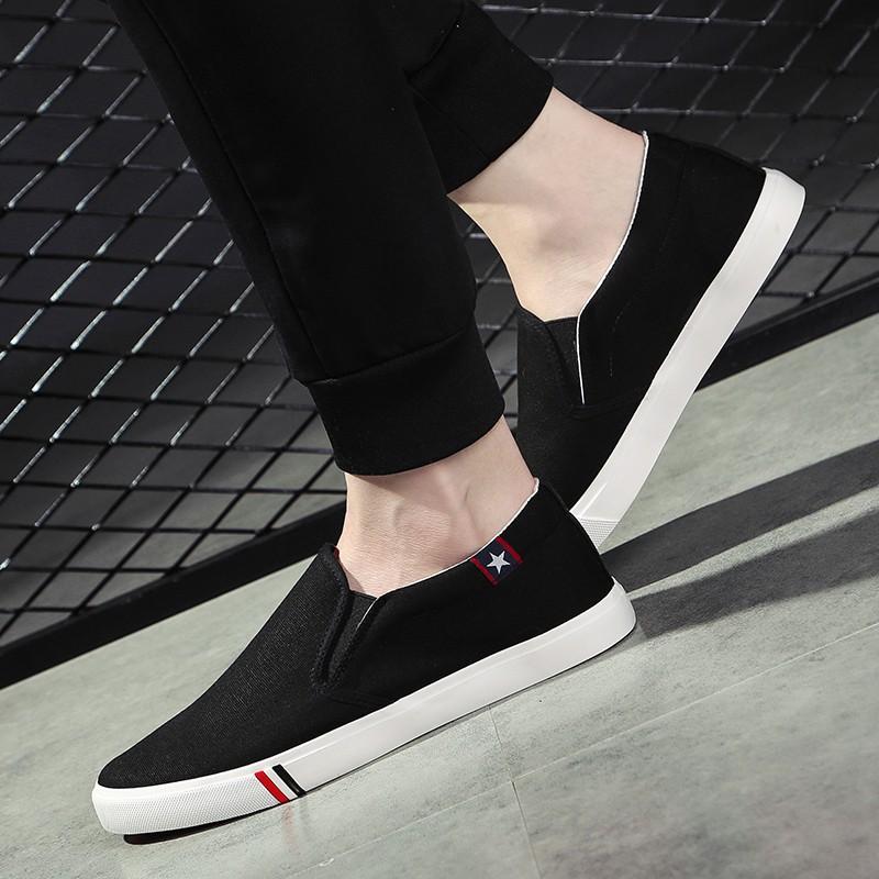 【จัดส่งฟรี】ักกิ่งรองเท้าผ้าเวอร์ชั่นเกาหลีของแนวโน้มของรองเท้าขาข้างหนึ่งขี้เกียจ