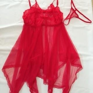 Váy ngủ sexy xuyên thấu kèm chip.