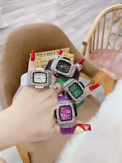 Đồng hồ nữ KET mặt bầu quai silicol mềm dẻo , thời trang chống nước tốt(tuyển sỉ toàn quốc)