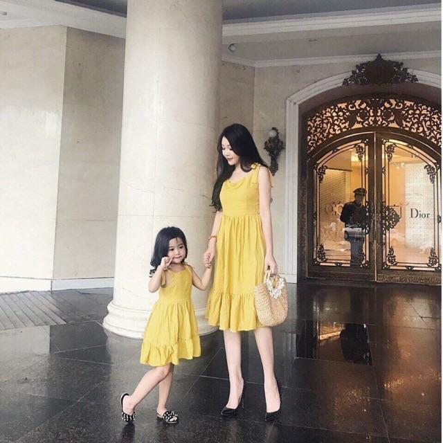 Sét váy mẹ và bé kèm ảnh thật chất đẹp - 2886407 , 1309743839 , 322_1309743839 , 200000 , Set-vay-me-va-be-kem-anh-that-chat-dep-322_1309743839 , shopee.vn , Sét váy mẹ và bé kèm ảnh thật chất đẹp