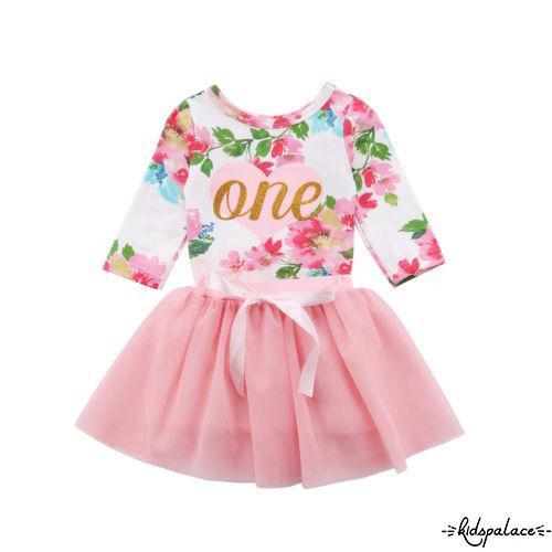 Set áo in chữ One và họa tiết hoa xinh xắn+ chân váy xòe thắt nơ thời trang