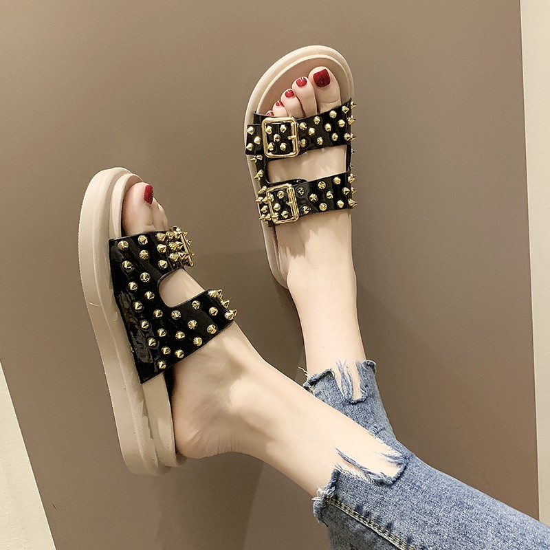 Net red sandals and slippers women wear summer 2019 new thick-soled fashion wild