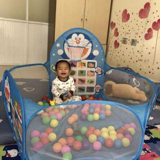 Lều bóng đôrêmon tặng kèm 100 quả bóng đủ màu cho bé yêu.