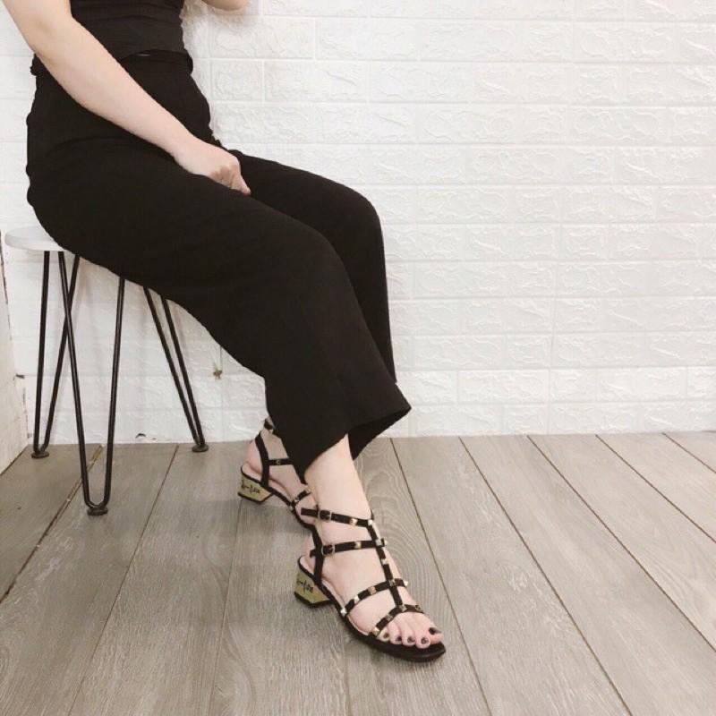Giày sandal cao gót 5p gót vàng chữ ký đinh tán mẫu mới