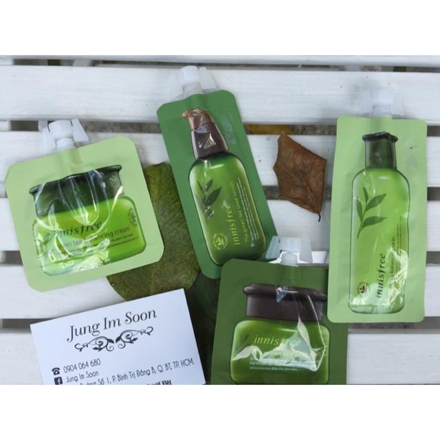 Gói nhỏ các sản phẩm dưỡng da trà xanh Innisfree