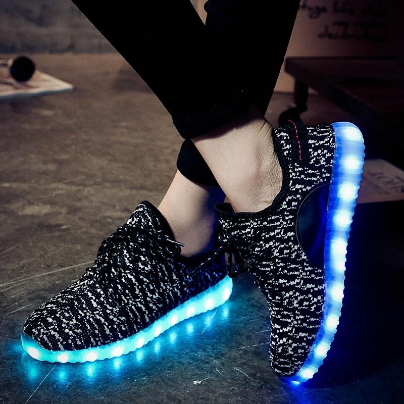 Giày phát sáng màu đen sần phát sáng 7 màu 11 chế độ đèn led phong cách Hàn Quốc (ảnh thật video thật)