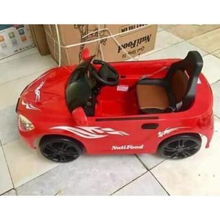 Xe ô tô điện cho bé quà khuyến mãi Nutifoood