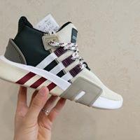 giảm giá cực sốc giày EQT màu lạ