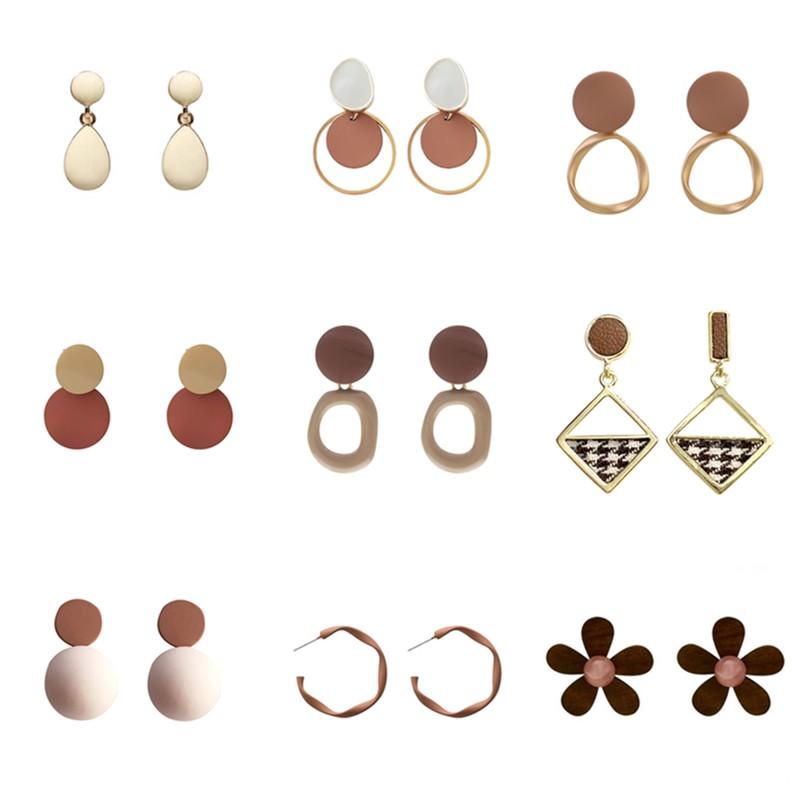 [Mã FACB219 hoàn 15K xu đơn 50K] Khuyên tai Hàn quốc đính hạt nhựa acrylic màu nâu phong cách retro nữ tính