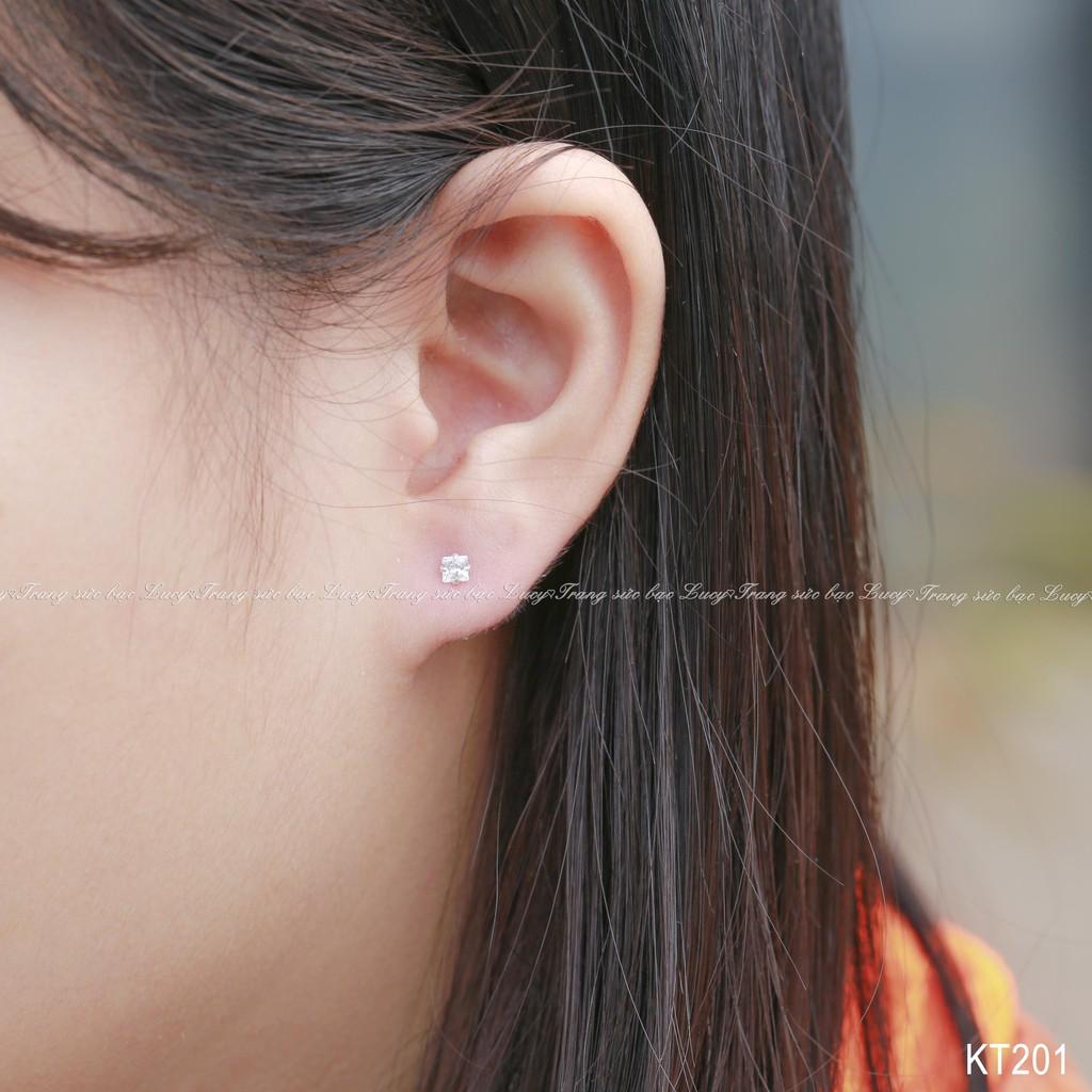 Khuyên tai nụ đá trắng vuông 3mm bạc ta - KT201_TRANG - 3206286 , 374949530 , 322_374949530 , 60000 , Khuyen-tai-nu-da-trang-vuong-3mm-bac-ta-KT201_TRANG-322_374949530 , shopee.vn , Khuyên tai nụ đá trắng vuông 3mm bạc ta - KT201_TRANG