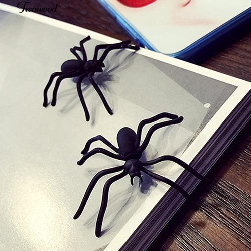 Hoa tai hình nhện màu đen phong cách Punk