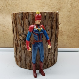 Captain Marvel mô hình bẻ khớp