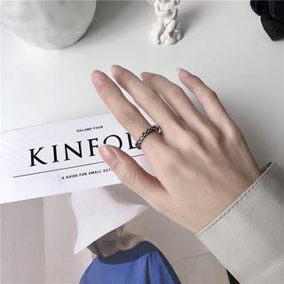[Mã FAMAYFA giảm 10K đơn 50K] Nhẫn dạng xoắn thời trang Hàn Quốc sành điệu cho nam và nữ 3