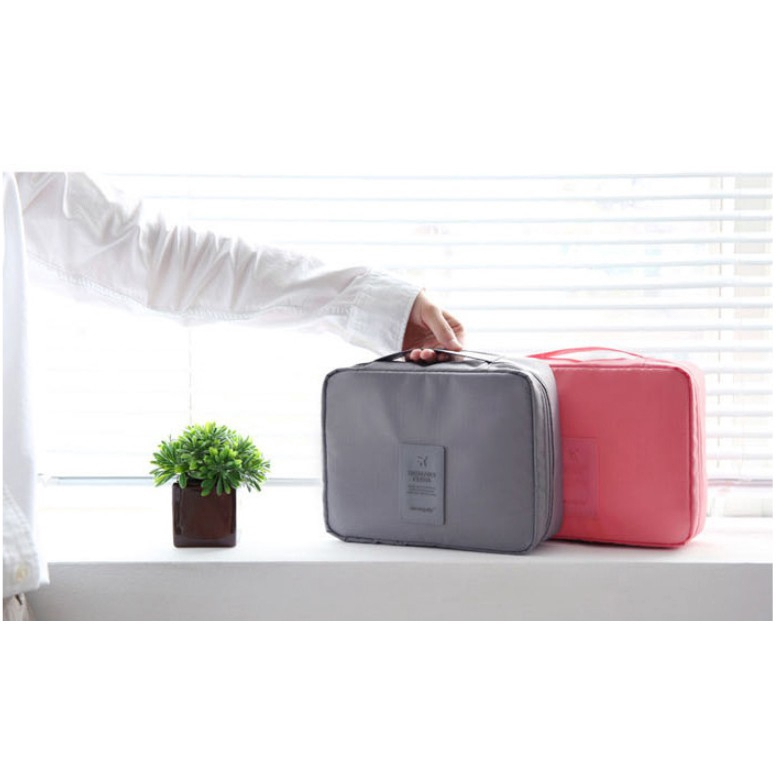 Travel Makeup bag Neceseries Cosmetic bag beauty Case Purse
