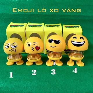 Con nhún lò xo vàng Emoji vui nhộn