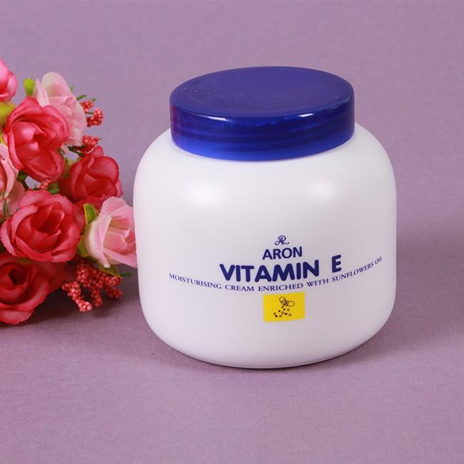 Kem dưỡng da cung cấp vitamin E Aron - 2936289 , 948949107 , 322_948949107 , 25000 , Kem-duong-da-cung-cap-vitamin-E-Aron-322_948949107 , shopee.vn , Kem dưỡng da cung cấp vitamin E Aron