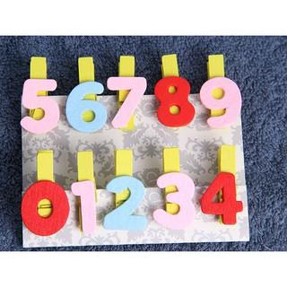 Set 10 kẹp gỗ từ 0 tới 9 nhiều màu sắc thumbnail