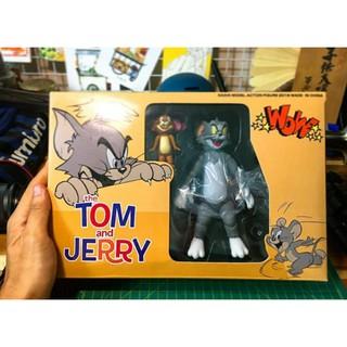 mô hình nhân vật tom and jerry hàng có sẳn