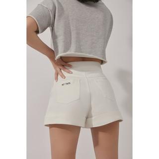 là min - Not Taken Shorts thumbnail