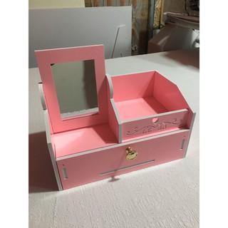 Kệ đựng mĩ phẩm kèm gương màu hồng siêu cute một ngăn kéo