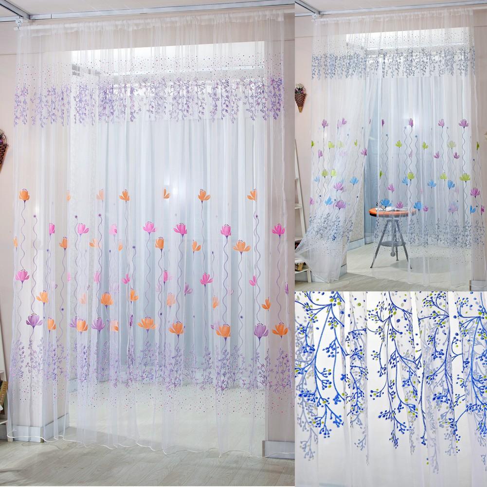 Rèm che cửa sổ vải voan họa tiết hoa đẹp mắt