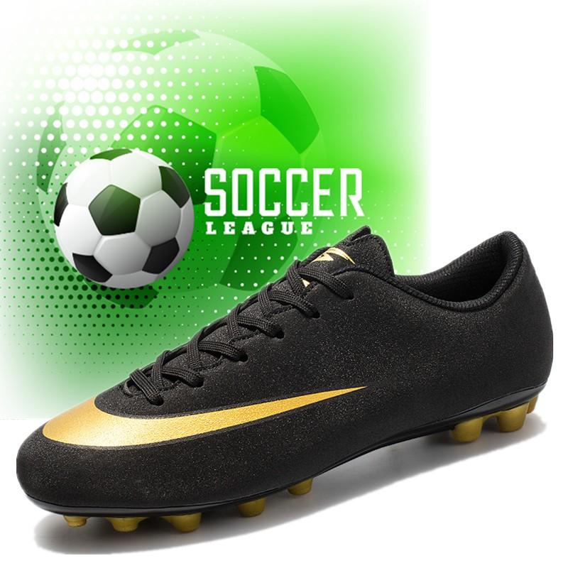 Giày đá bóng phong cách năng động dành cho người lớn và trẻ em - 14262122 , 2150276731 , 322_2150276731 , 690000 , Giay-da-bong-phong-cach-nang-dong-danh-cho-nguoi-lon-va-tre-em-322_2150276731 , shopee.vn , Giày đá bóng phong cách năng động dành cho người lớn và trẻ em