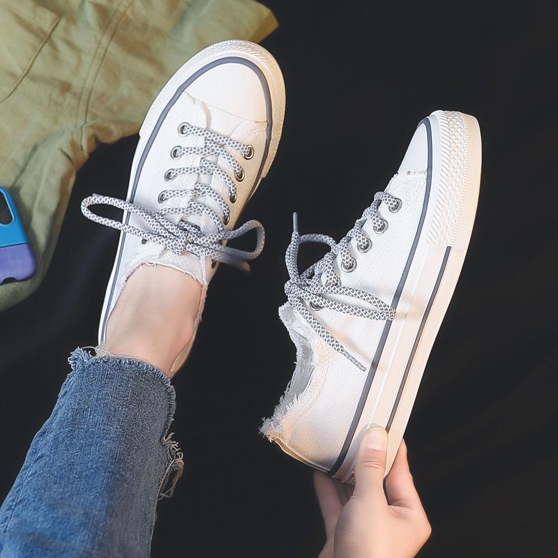 รองเท้าผ้าใบหญิง 2017 นักเรียนใหม่ป่าขนาดเล็กรองเท้าสีขาวเพศหญิงในฤดูใบไม้ร่วง
