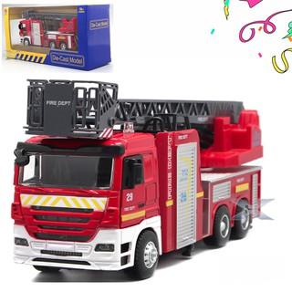 Xe cứu hỏa đồ chơi trẻ em tỉ lệ 1:32 có âm thanh và đèn xe chạy cót cabin bằng sắt