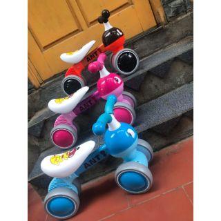 Xe chòi chân tự thăng bằng mới nhất