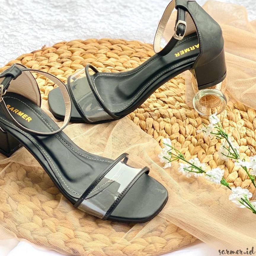 Giày Cao Gót Màu Đen Kiểu Dáng Trẻ Trung Quyến Rũ Cho Nữ