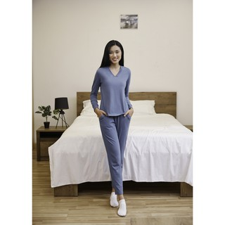 [Mã WABRONOFF44 giảm 15% tối đa 100K đơn từ 149K] Bộ quần áo nữ ONOFF - TB20069 thumbnail