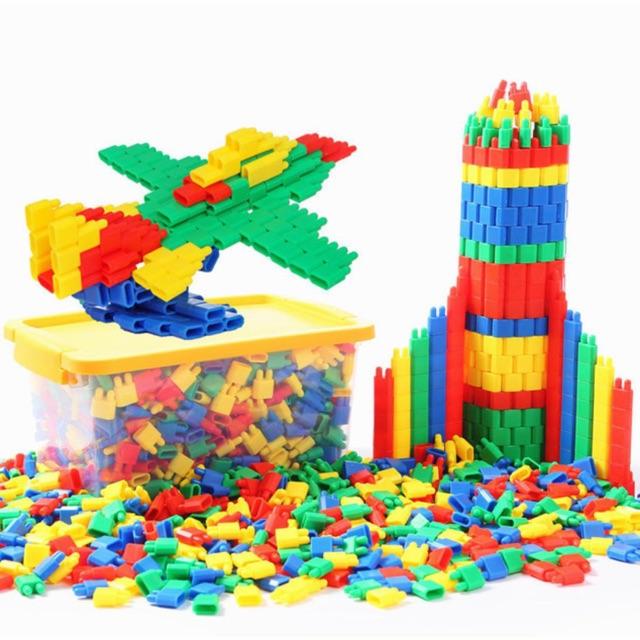 Bộ xếp hình phát triển trí tuệ cho trẻ (400 chi ti