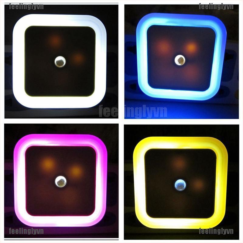 Đèn ngủ tự động tắt mở hình vuông tiện dụng cao cấp