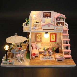 Nhà búp bê Pink Loft