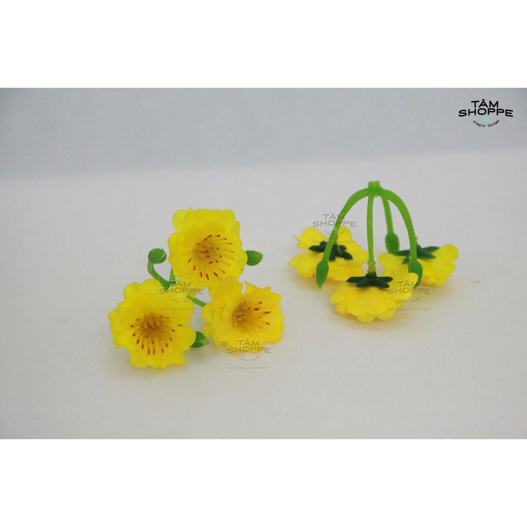 Chùm hoa mai hoa đào gắn cây trang trí ngày Tết 2,5kg - 15364837 , 1001284529 , 322_1001284529 , 562000 , Chum-hoa-mai-hoa-dao-gan-cay-trang-tri-ngay-Tet-25kg-322_1001284529 , shopee.vn , Chùm hoa mai hoa đào gắn cây trang trí ngày Tết 2,5kg
