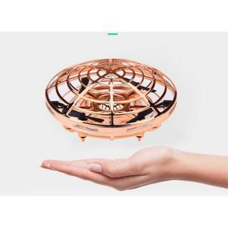 Máy bay điều khiển drone UFO Aircraft cảm ứng tự động tránh va đập cho mọi người chơi được cả trong nhà