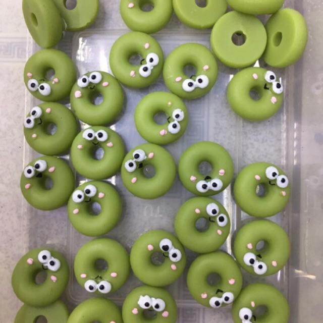 Mô hình trang trí bánh Donut ếch xanh, charm trộn Slime - 3190316 , 1028101707 , 322_1028101707 , 6000 , Mo-hinh-trang-tri-banh-Donut-ech-xanh-charm-tron-Slime-322_1028101707 , shopee.vn , Mô hình trang trí bánh Donut ếch xanh, charm trộn Slime