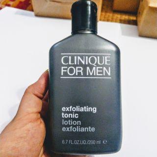 Nước thanh tẩy cho da nam Clinique for men exfoliating tonic 200ml