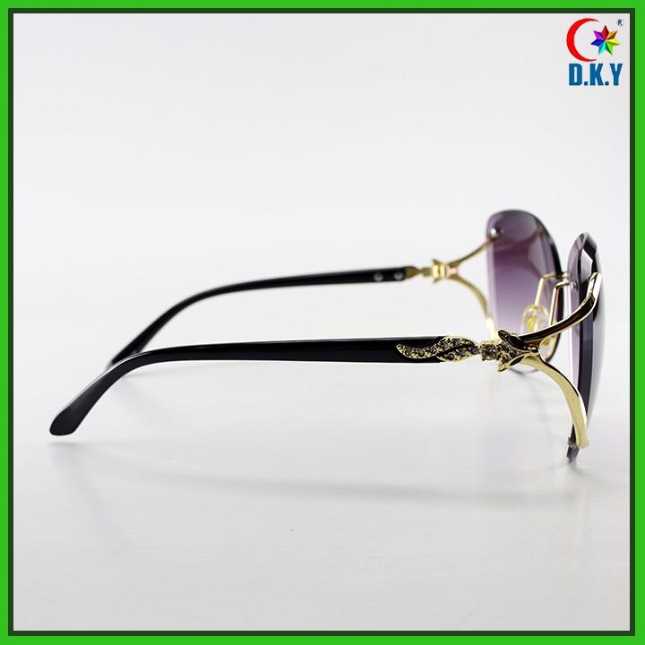[CAO CẤP] Kính ốc nữ họa tiết cáo - Gọng kính độc đáo - Tròng phân cưc, chống tia UV...