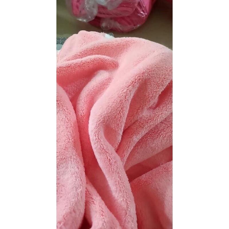 Khăn mặt lông cừu cao cấp chất liệu mềm mại an toàn cho da bé