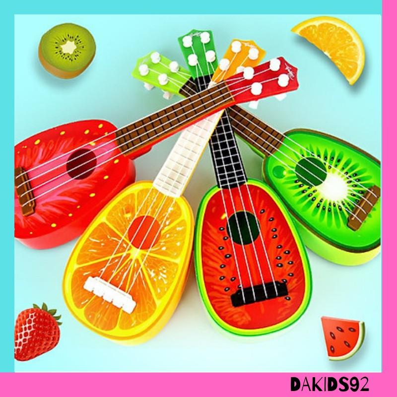 Đàn guitar cho bé làm quen tập luyện hoạ tiết hình trái cây vừa học vừa chơi