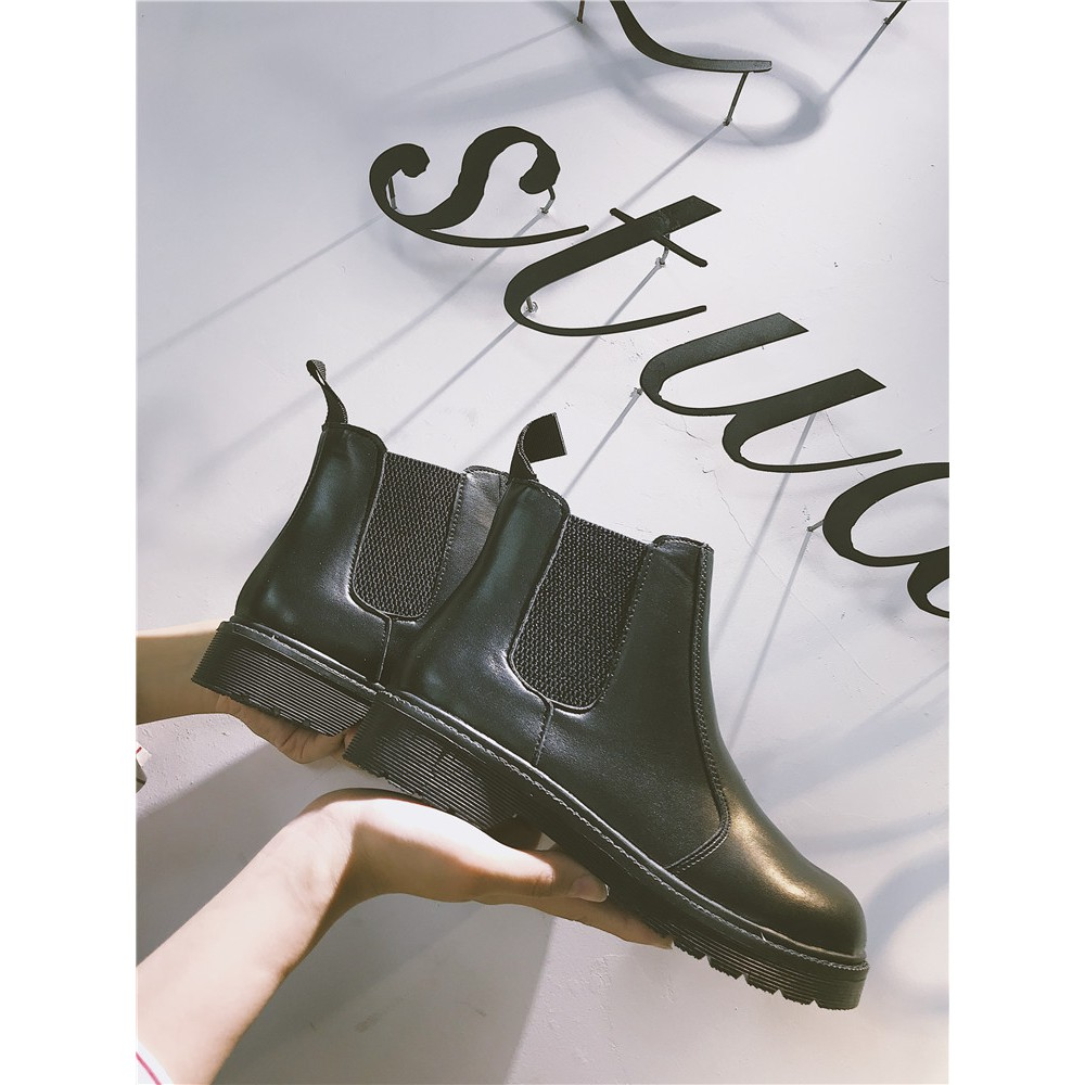 Giày boot phong cách trẻ trung cá tính dành cho nữ