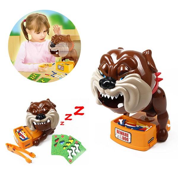 Đồ chơi chú chó giữ xương cho bé tập chơi