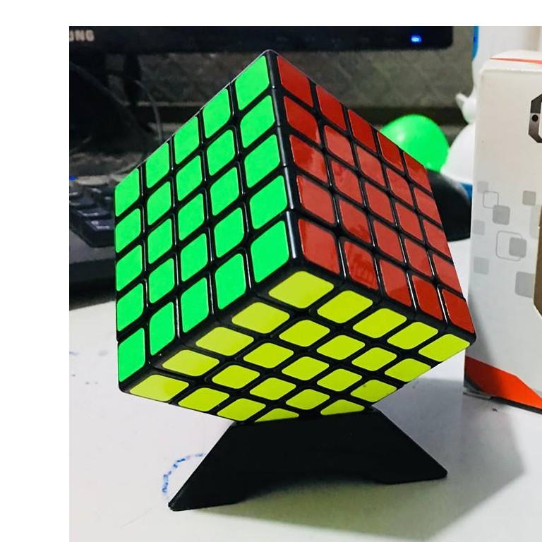 Rubik 5x5x5 Viền đen Mới về Tặng Kèm đế kê. Rubik 5 Xoay êm, trơn