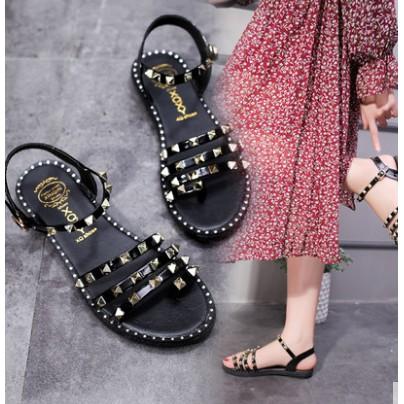 Dép sandal nữ dây quai gài đính kim loại trẻ trung