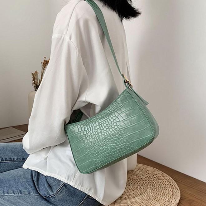 Túi xách đeo vai phong cách retro thời trang