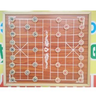 Bộ cờ tướng cỡ vừa – bàn gỗ + quân nhựa
