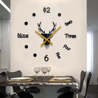 Đồng hồ dán tường thiết kế hình đầu tuần lộc 3D